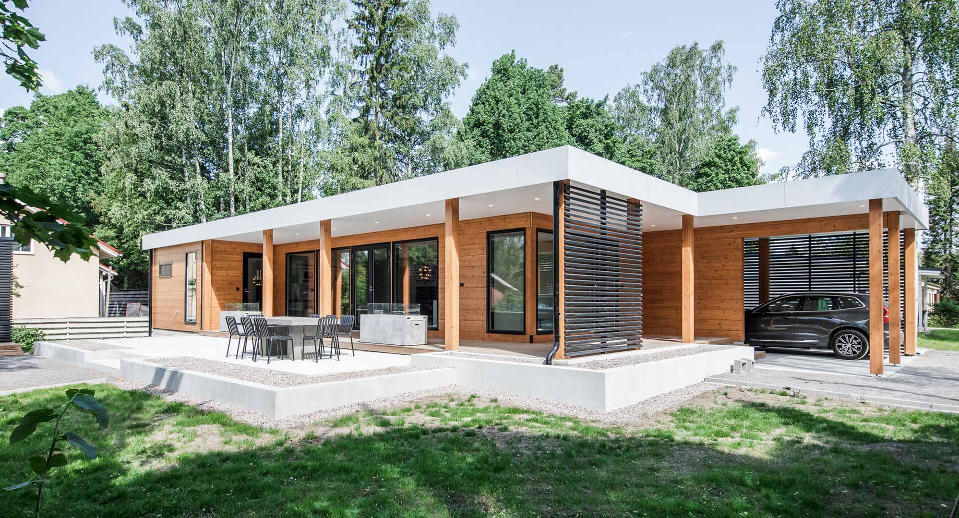 Элегантный деревянный дом