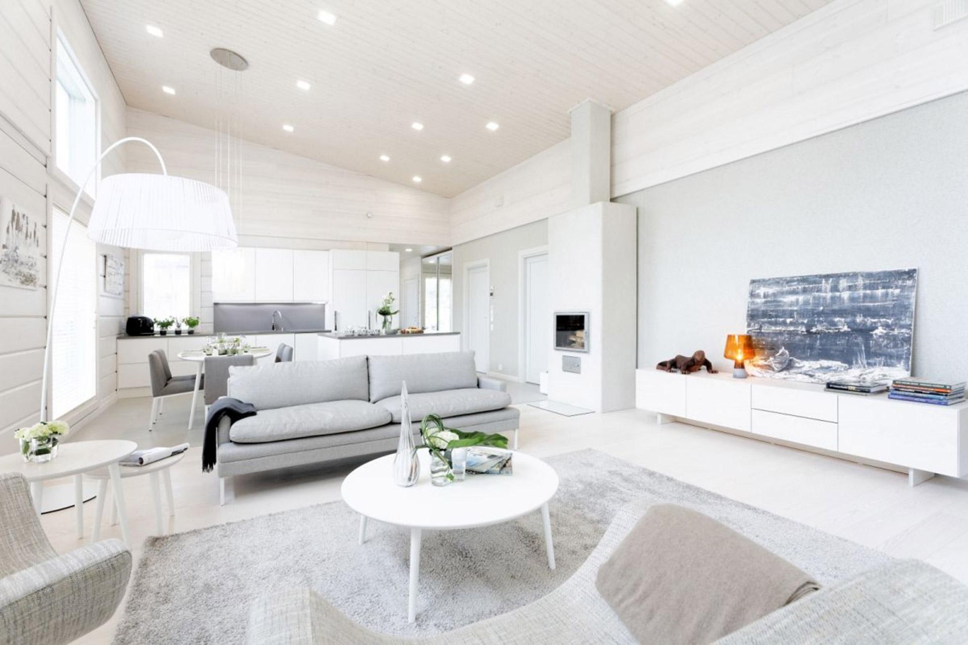 Белая мебель и стены гостиной