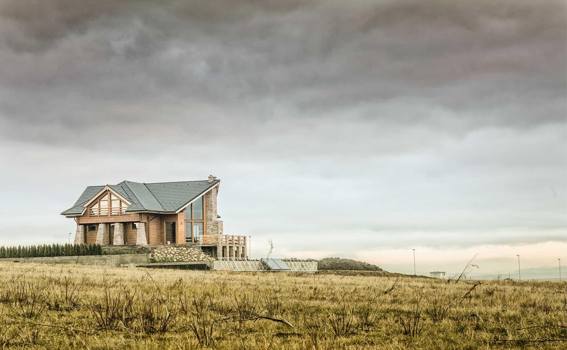 Красивый дом из клееного бруса