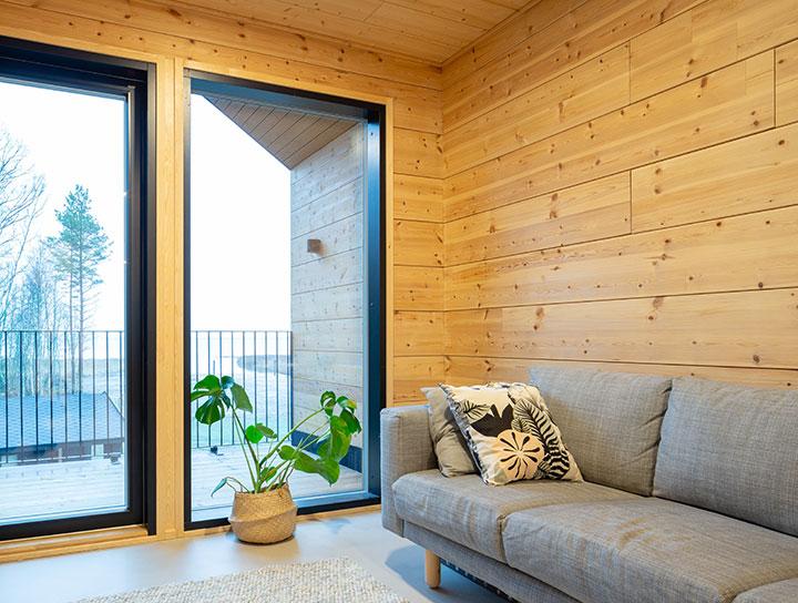 Современное пересечение деревянных стен